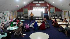 Perpustakaan Bunga Bangsa ƸӜƷ: Training English For Communication Skills