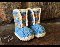 Crochet Pattern for Boys or Girls Fur Flap Baby por NewbornKnots