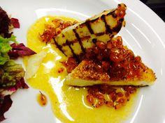 Duo cheese χαλούμι στην σχαρα, φέτα σε  σουσάμι , σε γλυκιά σάλτσα ιπποφαές