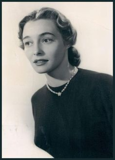 Patricia NEAL (1926-2010) * AFI Top Actress nominee > Active 1945-2009 > Born Patsy Louise Neal 20 Jan 1926 Kentucky > Died 8 Aug 2010 (aged 84) Massachusetts, lung cancer > Spouse: Roald Dahl (1953–83 div) > Children: 5. Sophie Dahl is her granddaughter. Notable Films: Hud (1963); The Fountainhead (1949); The Day the Earth Stood Still (1951); A Face in the Crowd (1957); Breakfast at Tiffany's (1961); In Harm's Way (1965); The Subject Was Roses (1968)