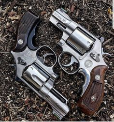 Zombie Weapons, Weapons Guns, Guns And Ammo, 357 Magnum, Bushcraft, Derringer Pistol, Revolver Rifle, Smith And Wesson Revolvers, Gun Holster