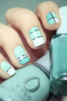 turquoise nails with striping