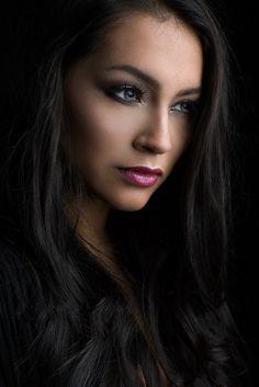 Нєαυєη'ѕ ƥσятяαιт ɠιяɩѕ 13 - brunette beauties женское лицо, красивые женщи Girl Face, Woman Face, Pure Beauty, Beauty Women, Beautiful Eyes, Gorgeous Women, Beautiful Celebrities, Brunette Beauty, Monica Bellucci