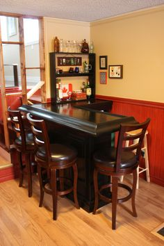 This is a picture of a bar one of my readers, Adam Urbach built after reading my post