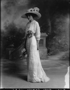 Joan Marion Pratt, Marchioness Camden photographed by Bassano, 23 July 1912