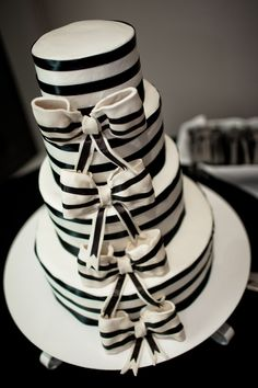 black & white bow wedding cake  //  jophoto. This with navy?