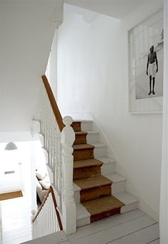 It's never easy to try and come up with cool ways to optimize your stairs and make them cooler. Here are best painted stairs ideas for you new home Painted Staircases, Painted Stairs, Wooden Stairs, Spiral Staircases, Painted Wood, Interior Design Blogs, Interior Inspiration, Style At Home, White Stairs