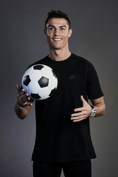 """"""" I always say the same thing: I am a Madrid fan and I will defend this badge until the death because it's the club I love the most """" Cristiano Ronaldo Style, Cristiano Ronaldo Manchester, Cristano Ronaldo, Cristiano Ronaldo Cr7, Neymar, Ronaldo Football, Real Madrid Manchester United, Messi Soccer, Nike Soccer"""