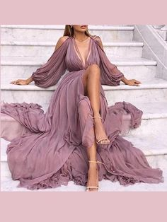 2018 Long Sleeve Gold Prom Dresses,Long Evening Dresses,Prom Dresses On Sale Want a glamorous red carpet look for a fraction of the price? Elegant Prom Dresses, Prom Party Dresses, Pretty Dresses, Sexy Dresses, Beautiful Dresses, Fashion Dresses, Dress Party, Long Dress Formal Elegant, Simple Party Dress