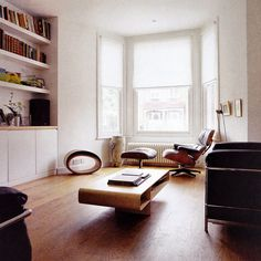 Isokon Loop coffee table, Eames  & Le Corbusier chairs