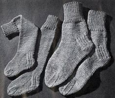 NEW! Knitted 2 Needle Socks pattern from Hats-Mittens-Socks, Coats & Clark's Book No. 135 from 1962.