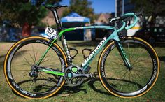 Belkin Procycling Bianchi Oltre World Tour bike 2014 | See the IR website for other Italian machines of World Tour teams in 2014.