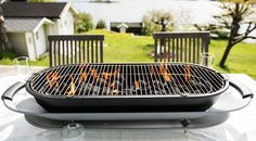 Want to add a little sizzle to your dinner parties? Bring out the tabletop party grill and let guests take turns cooking their own meats and veggies. Clean Grill, Bbq Grill, Grill Pan, Barbecue, Grilling, Outdoor Table Tops, Charcoal Bbq, Burger Buns, Great Conversation Starters
