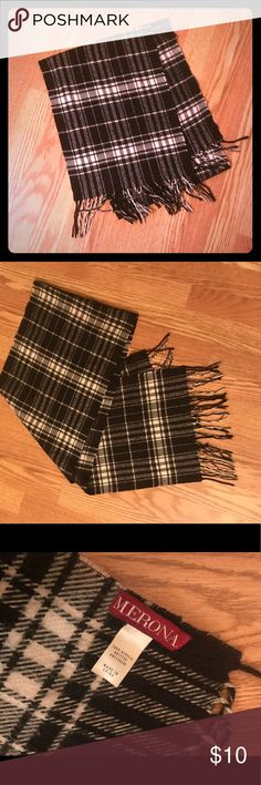 "Merona plaid scarf Merona Black & White plaid scarf. 100% acrylic. Has been worn and shows some fraying on the edges, as shown in photo. A little over 60"" long not including fringe. Merona Accessories Scarves & Wraps"