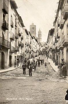 alcañiz. calle mayor. postal fotográfica - Foto 1 Louvre, Street View, Building, Painting, Travel, Vintage Postcards, Zaragoza, Street, White People