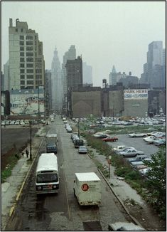 Stunning Snapshots of New York City in 1979 ~ vintage everyday New York Photos, Old Photos, New York Street, New York City, Foto Gif, New York Architecture, Vintage New York, Urban Life, City Living
