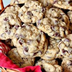 Date Squares – Can't Stay Out of the Kitchen Oatmeal Cookies, Chip Cookies, Chocolate Cookies, B Recipe, Breakfast Recipes, Breakfast Muffins, Glass Baking Dish, Holiday Baking, Baked Goods
