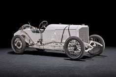 Mercedes To Celebrate Motorsport History At Goodwood With 1914 Grand Prix Racer Vintage Racing, Vintage Cars, Antique Cars, Mercedes Benz Retail, Daimler Ag, Chasing Cars, Classic Mercedes, Hot Cars, Motor Car