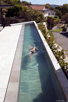 The Kharkov House By Collins And Turner was a finalist in Australia's 2012 Houses Awards for the renovation and design of its unusual pool and outdoor lift.