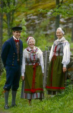 Finland, Karis-Svartå Karis, Nyland  Folkdräkter - Dräktbyrå - Brage