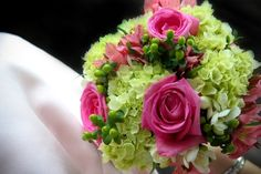 love these colors & flowers