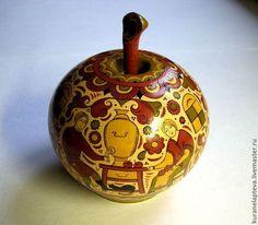 Шкатулка-яблочко Яблочный Спас, пермогорская роспись - роспись,Роспись по дереву