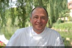 Marc Haeberlin - A l'Auberge de l'Ill, magnifique institution gourmande alsacienne, Marc Haeberlin poursuit l'épopée familiale, incarnant la quatrième génération de cuisiniers.