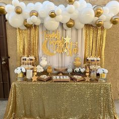 Baby Shower Twinkle Twinkle Little Star - Baby Shower Dessert Tables - Twinkle Twinkle Little Star themed baby shower styled by Gold Baby Showers, Star Baby Showers, Birthday Balloon Decorations, Birthday Party Decorations, 50th Anniversary Decorations, Gold Party Decorations, Golden Birthday, Baby Birthday, Baby Shower Themes