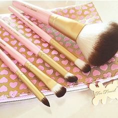 The softest brushes you'll ever use are #crueltyfree. Too Faced Pro-Essential Teddy Bear Hair Brush Set  - #toofaced @morganeadt_ww