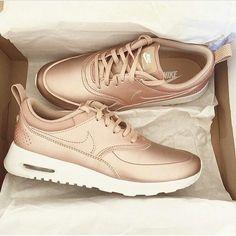 Imagem de nike, shoes, and fashion