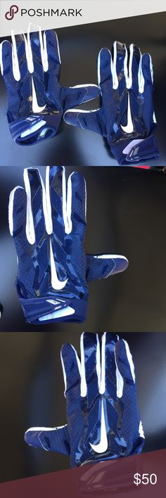 Nike Vapor Jet Receiver Gloves Men's Nike Vapor Jet Receiver football Gloves, Size Large, great condition, used once , like New, color: Navy blue(pics made them look lighter but they're navy blue as shown on the last 3 photos Nike Accessories Gloves