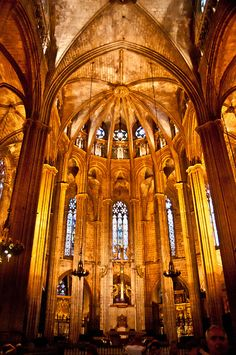 Barcelona Cathedral in Barcelona, Spain. I wanna go to Spain! Places Around The World, Oh The Places You'll Go, Places To Travel, Places To Visit, Around The Worlds, Interesting Buildings, Beautiful Buildings, Gaudi, Beautiful World