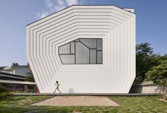 2 conan house by moon hoon Conan House by Moon Hoon