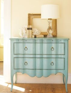 I cannot wait until I have my (real) own place so I can start doing this! Love painted furniture
