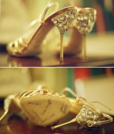 Sapatos da noiva assinado: sorte para a amiga solteira casar
