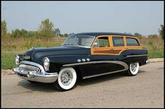 Station Wagon of the Day - 1953 Buick Super Estate Station Wagon - Station Wagon Forums Buick Wagon, Buick Cars, Vintage Cars, Antique Cars, Station Wagon Cars, Woody Wagon, Buick Roadmaster, Lifted Ford Trucks, Abandoned Cars