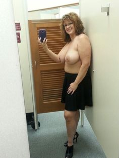 nude amateur moms little tits