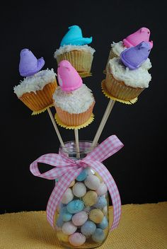 Easter bouquet of peep cupcakes