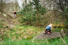 Tradiční rodinná fotografie Traditional family photography Family Photography, Country Roads, Traditional, Family Photos, Family Pics, Family Photo