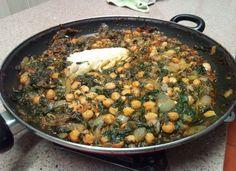 Potaje de Vigilia: Garbanzos, Bacalao y Espinacas para #Mycook http://www.mycook.es/cocina/receta/potaje-de-vigilia-garbanzos-bacalao-y-espinacas