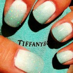 Tiffany blue ombré nails