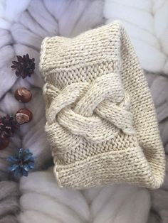 Thick chunky warm knit circle loop scarf for stylish women. Its soft and feels comfortable around your neck with no itchiness. Its very warm yet light so it can be worn indoors and outdoors. This one size beige scarf will also work well with your all clothes, increasing layered and