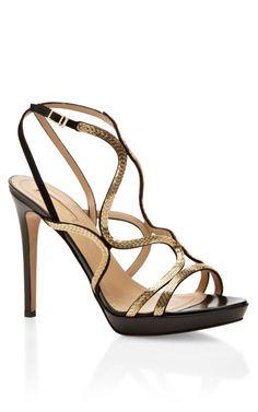Martini Gold Sandal by Aquazzura LBV #moda #fashion #cuero #leather #bolsos #bags #zapatos #shoes #marroquineria #leathergoods #estilo #style #lifestyle #sandalias #sandals