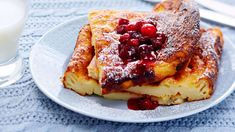 Pancake and cranberry puree, Food And Drinks, Milk money makes pancake nutritious. With a pancake, you can taste berry puree. Mix it easily with frozen cranberries and sugar. Pancakes, French Toast, Sweet Tooth, Deserts, Goodies, Food And Drink, Sweets, Snacks, Pancake