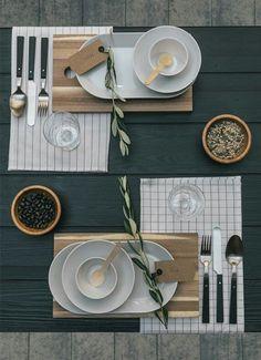 IKEA Esszimmer Inspiration: Tisch decken asiatisch - Minimalistisch modern gedeckter Tisch
