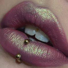 Beautiful #lip #piercing #kiss