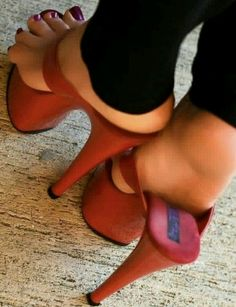 Sexy High Heels, Sexy Legs And Heels, Hot Heels, Platform High Heels, High Heels Stilettos, Stiletto Heels, Platform Mules, Sexy Sandals, Bare Foot Sandals