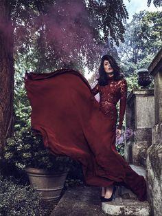 Razane Jammal in ELIE SAAB Ready-to-Wear Autumn Winter 2015-16 shot by Jeremy Zaessinger & styled by Amine Jreissaty for the new Savoir Flair online magazine.