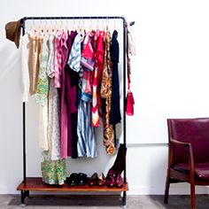 Make your own industrial style free-standing clothing rack using plumbing pipe and scrap wood with these simple instructions