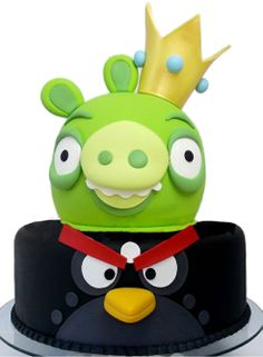 Angry Birds cake with black/bomb bird